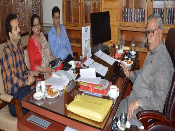 Advisor Farook Khan reviews arrangements for Guru Nanak Dev birth anniversary. (Picture courtesy: DIPR J-K)