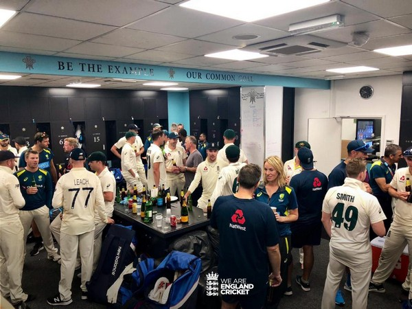 England and Australia players sharing dressing room (Photo/ England Cricket Twitter)
