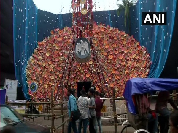 Durga Puja pandal in Kolkata made to depict the harmful effects of mobile tower's radiation on birds (Photo/ANI)