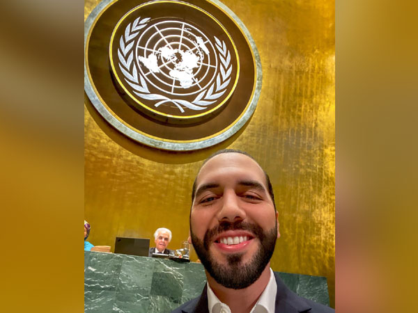 El Salvador President Nayib Bukele's selfie posted on Twitter to his 1.1 million followers. Photo/Twitter