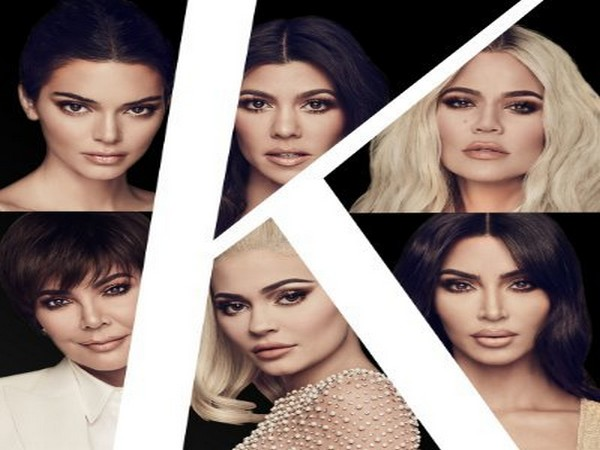 The stars of 'Keeping up with the Kardashians' (Image courtesy: E!Twitter)