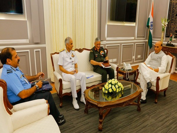 Delhi; Service Chiefs called on Defence Minister Rajnath Singh (File photo)
