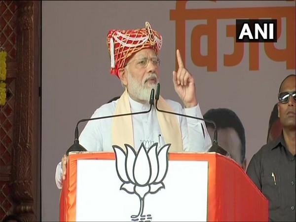 Prime Minister Narendra Modi addressing a public gathering in Maharashtra' Satara on Thursday. Photo/ANI