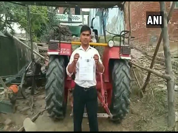 The driver will be asked to submit a report and the challan will be canceled. Photo/ANI