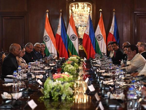 President Ram Nath Kovind held delegation level talks with his counterpart in Philippines, Rodrigo Roa Duterte (Photo tweeted by Rashtrapati Bhawan)