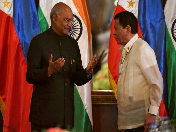 President Ram Nath Kovind with Philippines President Rodrigo Roa Duterte in Manila on Friday