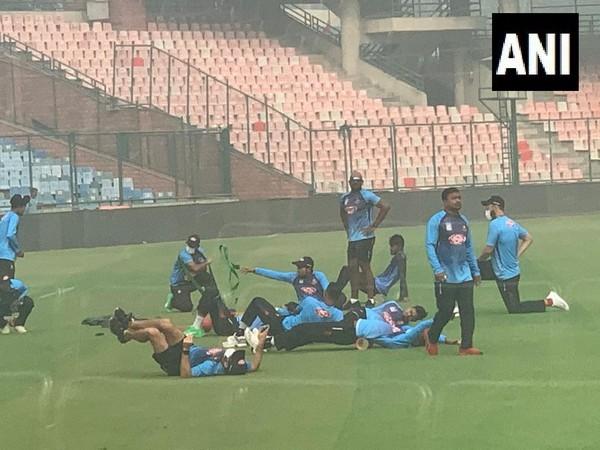 Bangladesh players train at Arun Jaitley Stadium