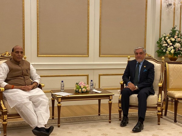 Defence Minister Rajnath Singh with Dr Abdullah Abdullah, the Chief Executive of Afghanistan in Tashkent on Saturday (Photo/RMO India Twitter)
