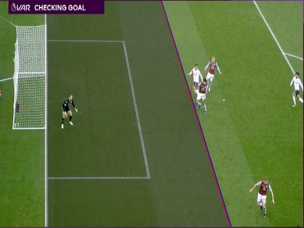 VAR disallows Robert Firmino's goal (Photo/ Premier League Twitter)