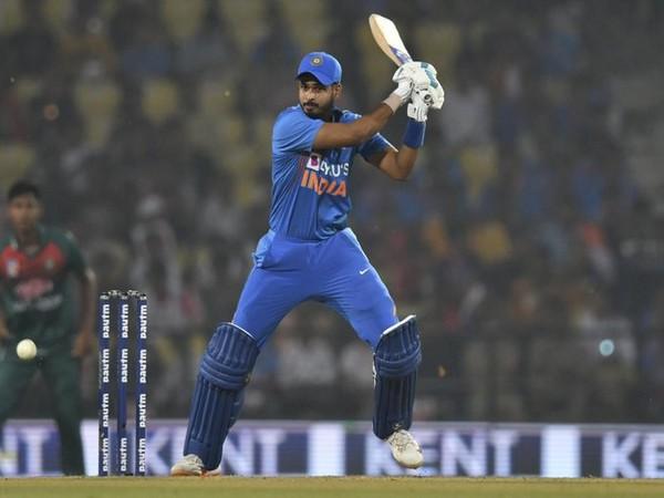 India batsman Shreyas Iyer in action against Bangladesh (Photo/ ICC Twitter)