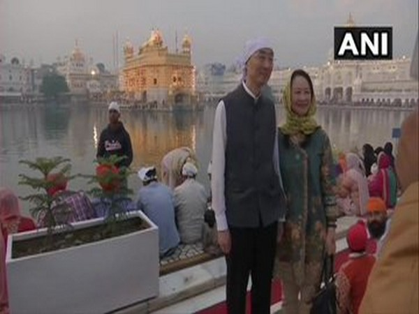 Chinese ambassador to India Sun Weidong and his wife Bao Jiqing at Golden Temple in Amritsar on Tuesday.