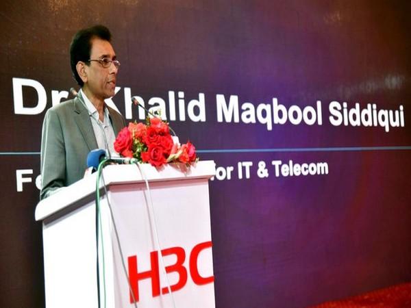 Muttahida Qaumi Movement-Pakistan convener Khalid Maqbool Siddiqui (Source: Twitter)