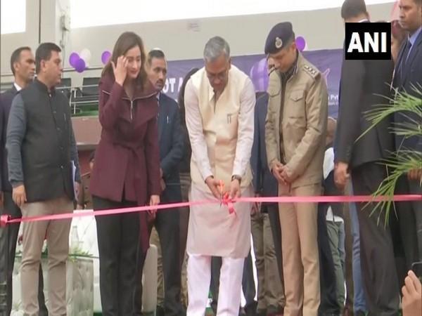 Uttarakhand Chief Minister Trivendra Singh Rawat inaugurating Hot Air Balloon Festival in Dehradun. Photo/ANI
