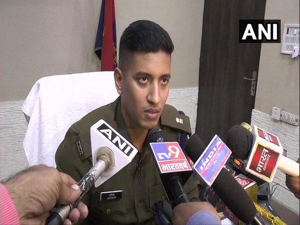 Superintendent of Police (SP) Abhishek talking to reporters on Saturday. Photo/ANI