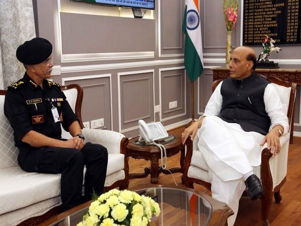 NSG DG AK Singh called on Defence Minister Rajnath Singh on Thursday. Photo/ANI