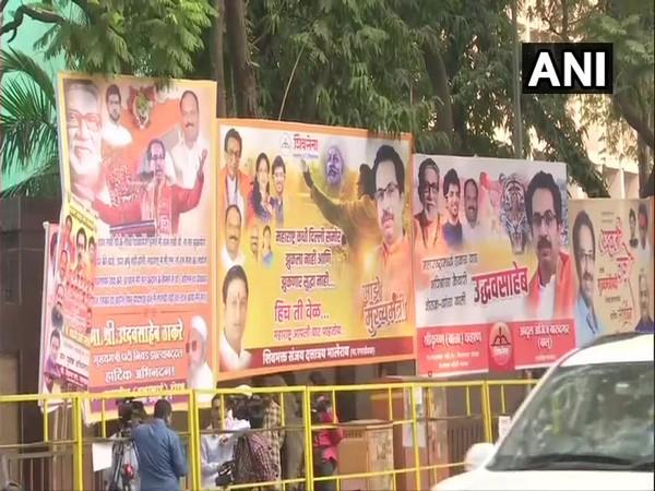 Hoardings and banners seen in Mumbai congratulating Shiv Sena chief and leader of 'Maha Vikas Aghadi', Uddhav Thackeray on Friday [Photo/ANI]