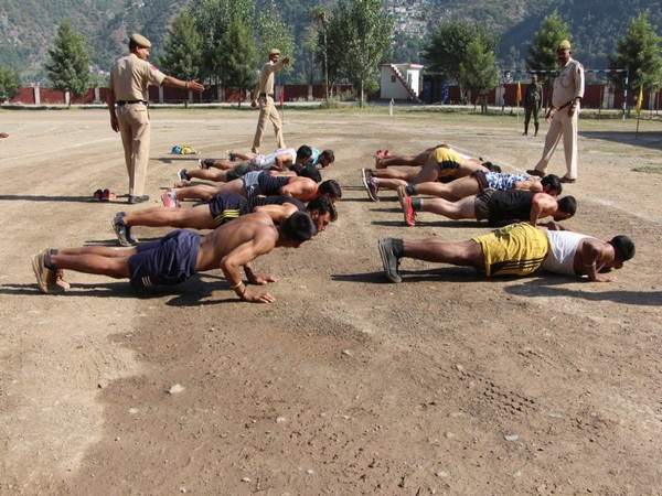 Jammu and Kashmir: 77,641 youth applied for 5,199 posts of Special Police Officers.