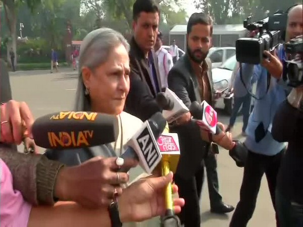Samajwadi Party MP, Jaya Bachchan speaks to media in New Delhi on Friday [Photo/ANI]