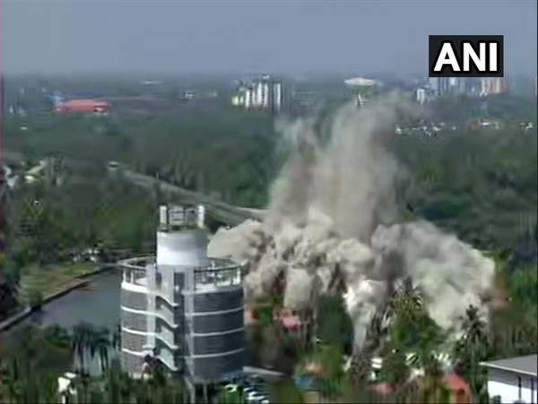 A visual of H2O Holy Faith apartment tower in Maradu being demolished through controlled implosion on Saturday. Photo/ANI