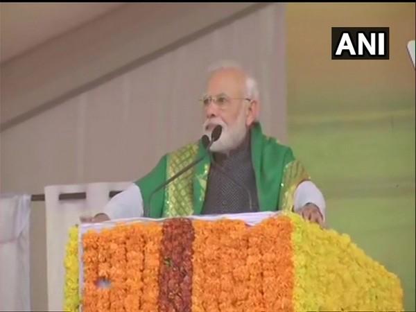 Prime Minister Narendra Modi addressing a public gathering in Tumkur, Karnataka on Thursday. Photo/ANI