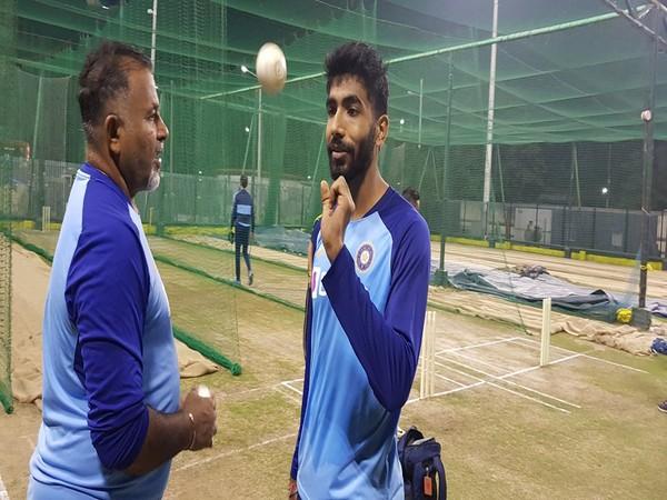 Pacer Jasprit Bumrah with bowling coach Bharat Arun (Photo/ BCCI Twitter)