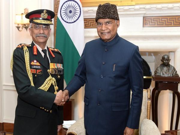 Army Chief called on President Ram Nath Kovind at Rashtrapati Bhavan. (Photo tweeted by Rashtrapati Bhavan)