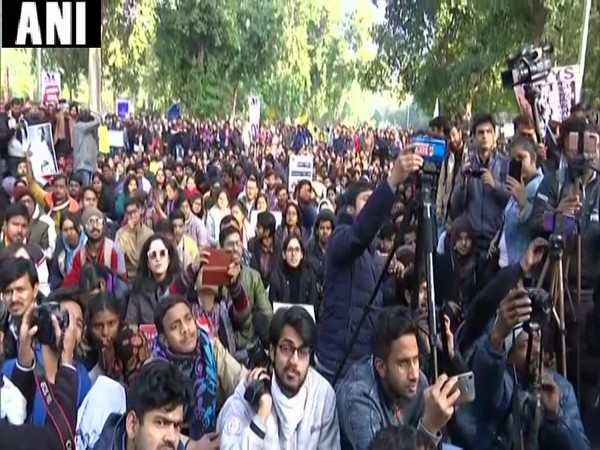 Jawaharlal Nehru University students protesting at Mandi House