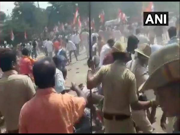 Police resorting to lathi charge during a pro-CAA rally in Kolar, Karnataka on Saturday.