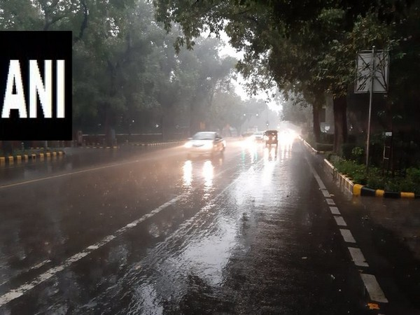 A visual of drizzling in Delhi on Wednesday.