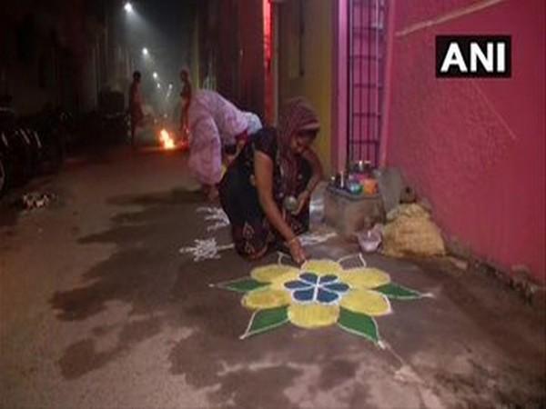 Tamil Nadu: People celebrate Bhogi in Chennai.