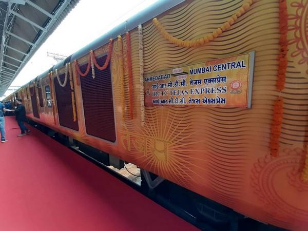 Ahmedabad-Mumbai Tejas Express. Photo/Twitter
