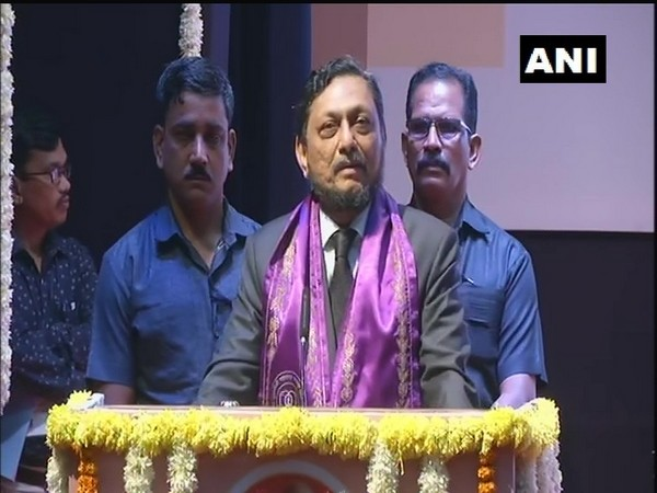 Chief Justice of India Sharad Arvind Bobde addressing students during a convocation function in Nagpur University on Saturday (Photo/ANI)