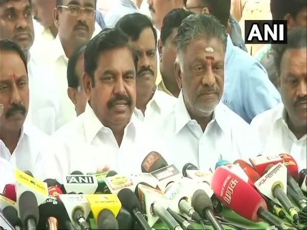 Tamil Nadu Chief Minister Edappadi K Palaniswami and Deputy Chief Minister O Panneerselvam. (File photo)