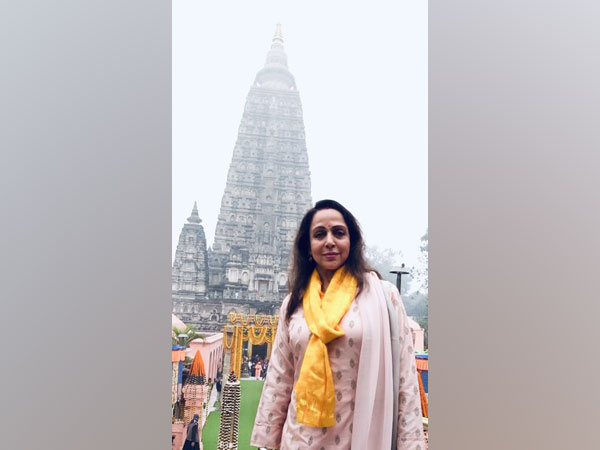 Actor Hema Malini at Buddha Temple in Bihar's Gaya (Image Source: Hema Malini's Twitter)