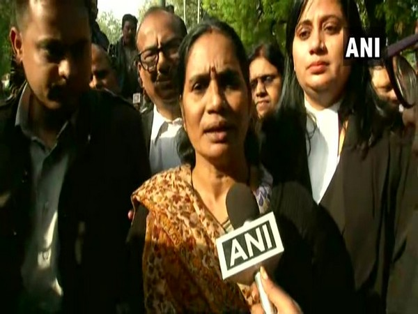 Asha Devi, mother of the Dec 2012 gangrape and murder victim. Photo/ANI