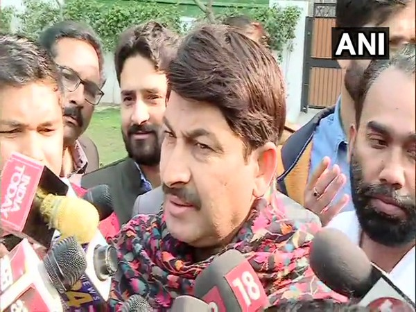BJP state unit chief Manoj Tiwari speaks to media in New Delhi [Photo/ANI]