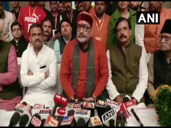 Union Minister Giriraj Singh interacts with media on Tuesday in Sharanpur district [Photo/ANI]