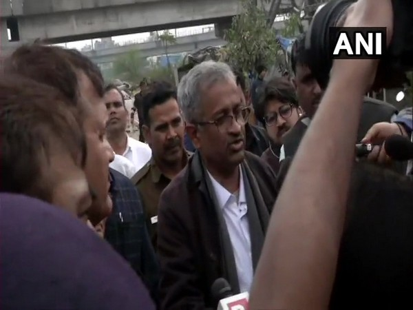 Senior advocate Sanjay Hegde talking to reporters at Shaheen Bagh on Wednesday. Photo/ANI