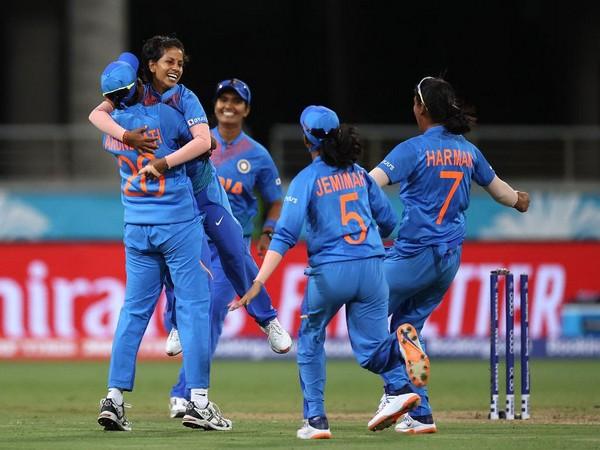 Indian team celebrates after dismissing Australia's Jess Jonassen (Photo/ T20 World Cup Twitter)