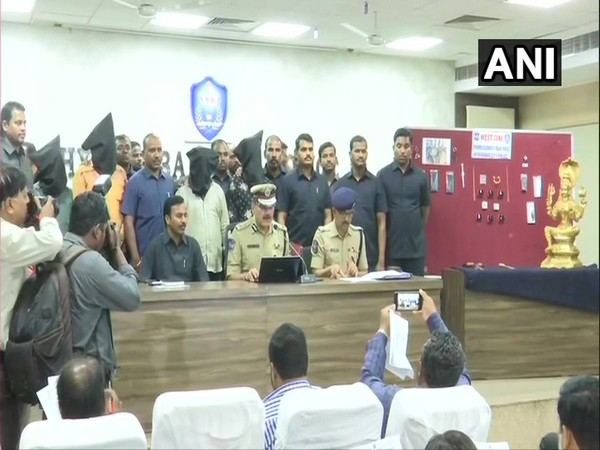 Anjani Kumar, Commissioner of Police (CP), Hyderabad City, addressing a press conference
