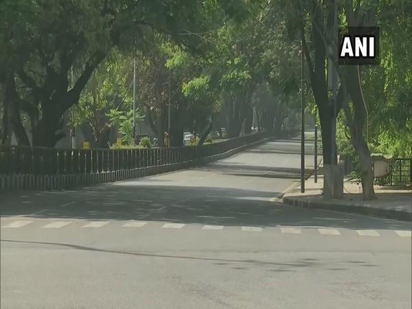 Visual from Karnataka's Bengaluru which is also under complete lockdown due to coronavirus pandemic. Photo/ANI