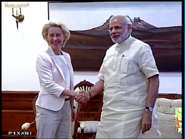 European Commission's President Ursula Von Der Leyen and Prime Minister Narendra Modi (File Photo)