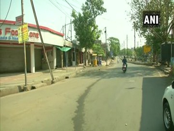 Streets in Bhopal bore a deserted look in Bhopal.