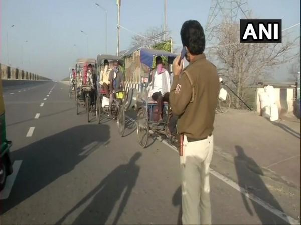 Police asking rickshaw pullers to turn back at Akshardham flyover. Photo/ANI