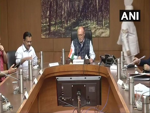 Chief Minister Arvind Kejriwal (right) and Delhi Lieutenant Governor Anil Baijal (left) [File Photo/ANI]