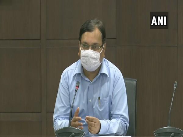 Uttar Pradesh Principal Health Secretary, AMit Mohan Prasad during a press conference on Monday (Photo/ANI)