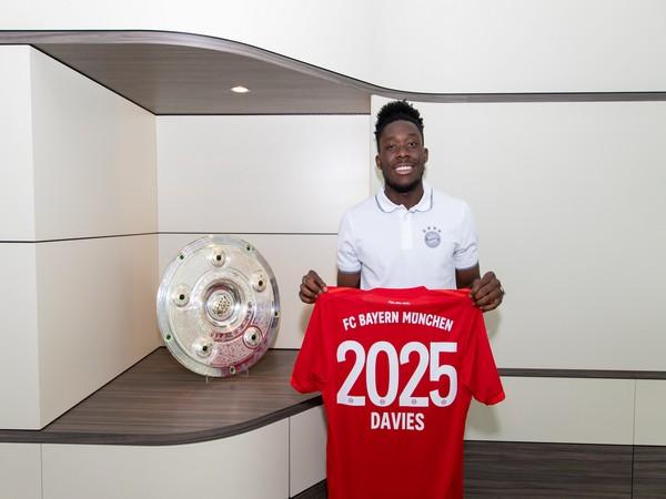 Alphonso Davies (Photo/ Bayern Munich Twitter)