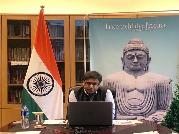 Indian Ambassador , Vikram Misri,interacting with Indians studying in China (Twitter/Embassy)