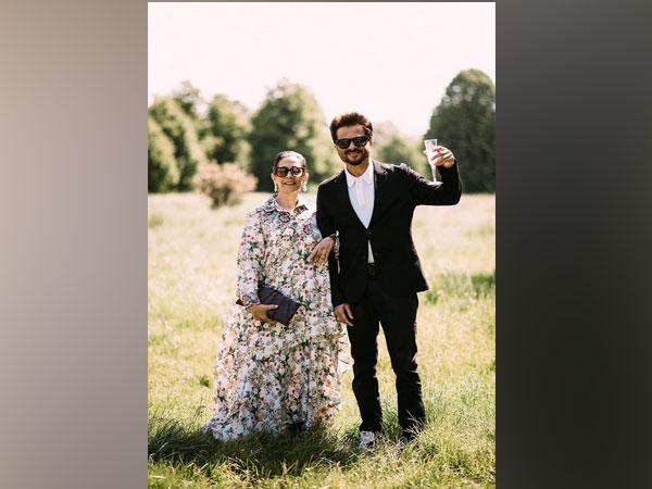 Anil Kapoor , Sunita Kapoor (Image courtesy: Twitter)