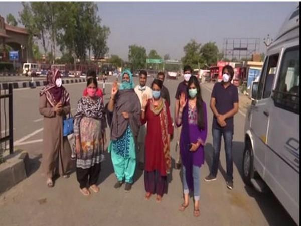 Pakistani nationals repatriated via Attari-Wagah border